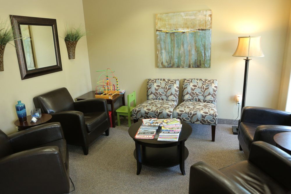 Waiting area at Roane Family Dental.